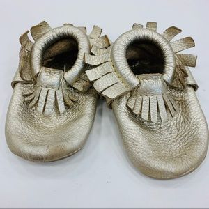 Freshly Picked size 2 gold leather moccasins